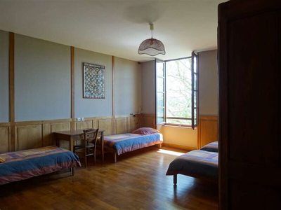 1er étage - Chambre familiale 4 lits - 1 douche