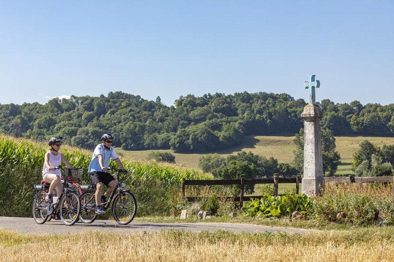 VAE et vélo dans les Vals du Dauphiné