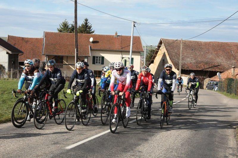 Dans la roue des coureurs du Tour de France : De la Tour-du-Pin à Villard-de-Lans