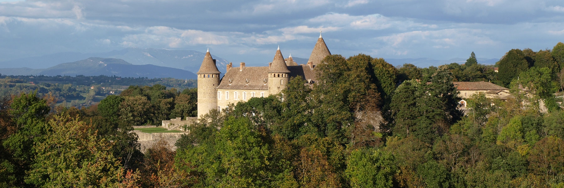 chateaux-incontournables-vals-dauphine_1800x600_acf_cropped