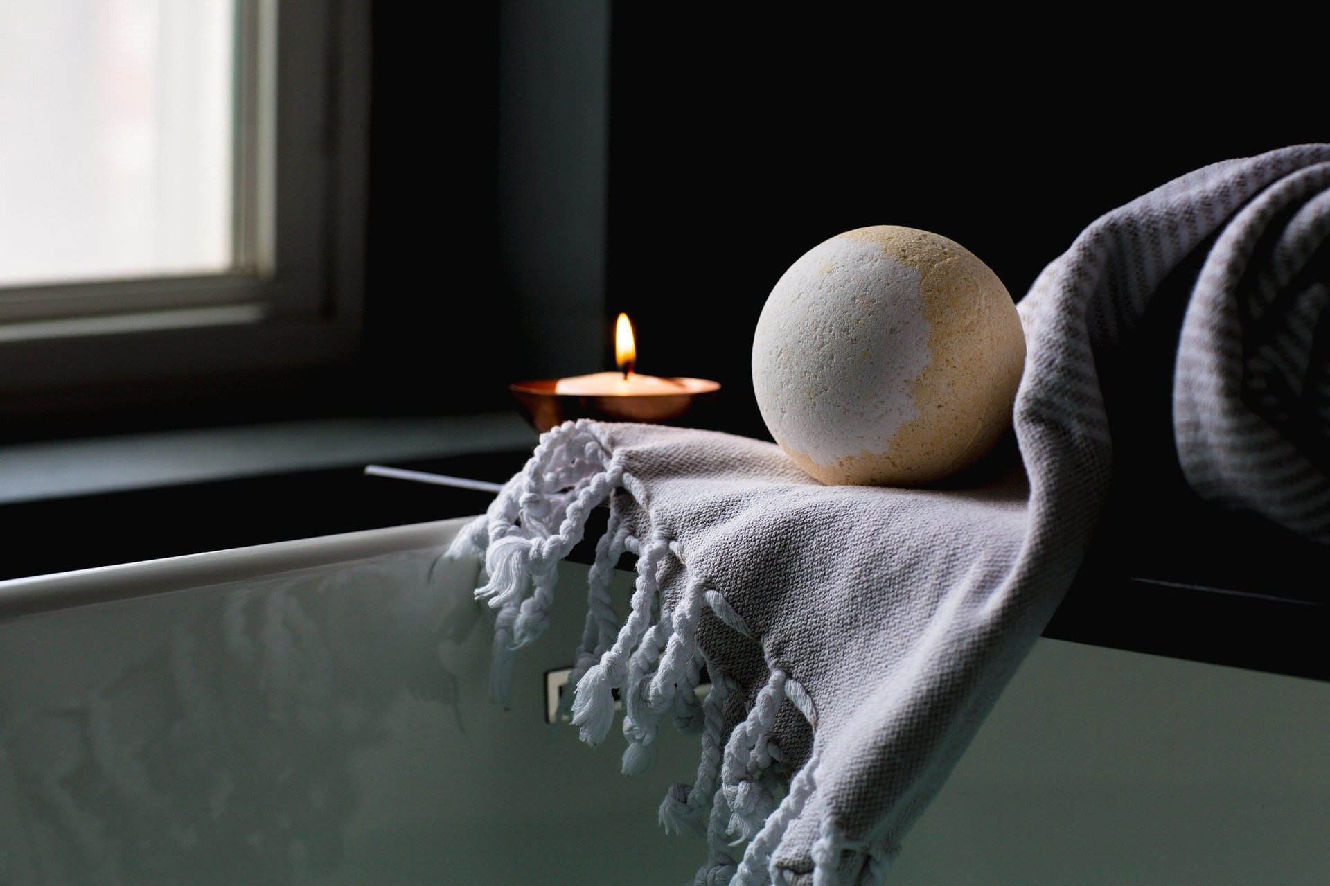 bath-2562225_1920